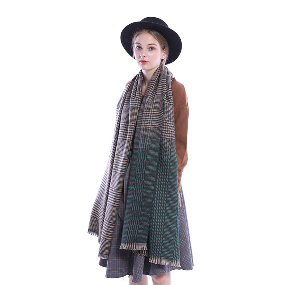 2018 Brand Autumn Winter Double-Faced Tassel Plaid Gradient  Lattices Scarves Lattices Shawl Wrap Luxury Fashion Scarf