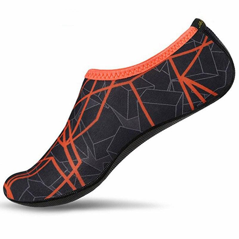 Unisexe été eau chaussures pour femmes grande taille Aqua plage chaussures hommes rayé coloré mer natation chaussures séchage rapide chaussettes baskets