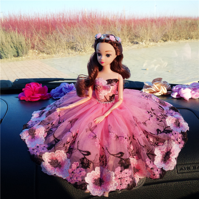 Cute And Beautiful Queen Doll: High Quality 30CM Beautiful Doll With Wedding Dress For