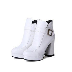 Image 2 - Botas Mujer grande taille nouveau bout rond boucle bottes pour femmes Sexy cheville talons mode hiver printemps automne chaussures décontracté Zip T730 1