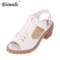 Eiswelt خمر أنيقة منتصف كعب مربع الصنادل المرأة الصيف نمط اللمحة تو الصليب تعادل الجانب البريدي تصميم حذاء امرأة # ZQS015