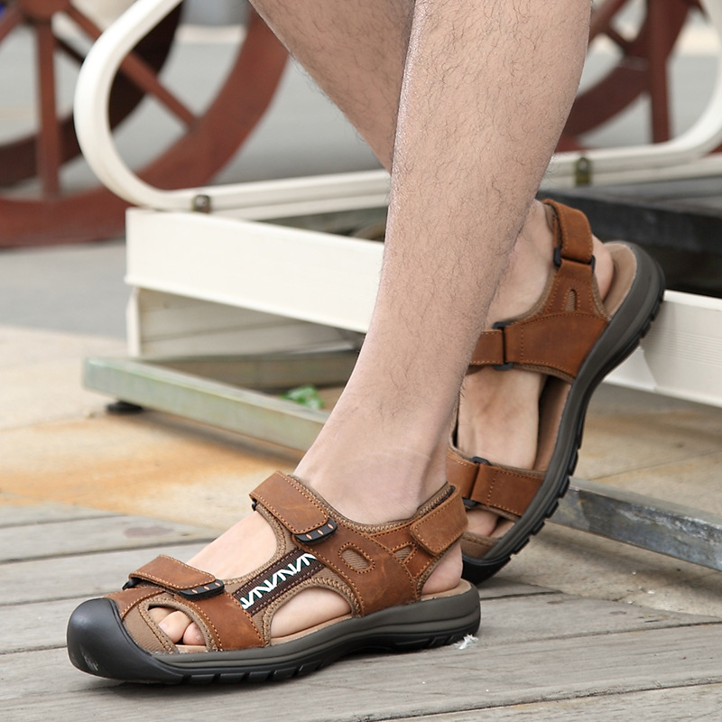 High quality fashion summer sandals men shoes casual comforthable beach sandalias hombre outdoor Baotou head shoes men sandals