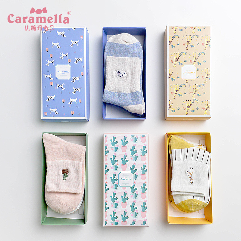 2018 autumn women   socks   gift box 3 pairs korea style cotton cartoon women casual fashion cute funny lady long breaathable   socks