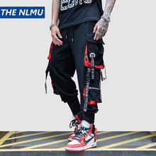 Hip Hop wstążki Cargo spodnie mężczyźni biegaczy spodnie Streetwear mężczyźni 2019 moda męskie spodnie z elastycznym paskiem wstążki bawełna czarny HW203 tanie tanio Pełnej długości Cargo pants REGULAR Poliester COTTON Kostki długości spodnie Midweight Mieszkanie Suknem Elastyczny pas