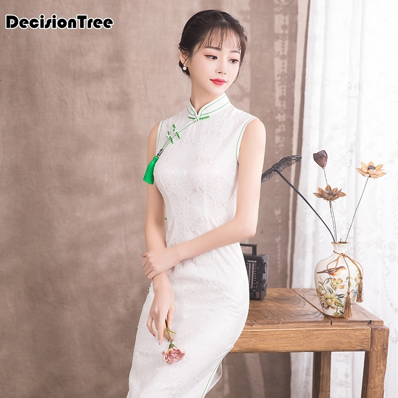 2019 chinese dress qipao woman long white cheongsam lace robe oriental style dresses traditional evening chinese dress in Cheongsams from Novelty Special Use
