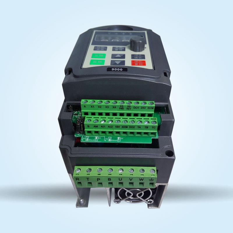 HTB1C27sQXXXXXa2XpXXq6xXFXXXe - VFD Inverter 1.5KW  Frequency Converter ZW-AT1 3P 220V/110V Output CNC Spindle motor speed Control VFD Converter