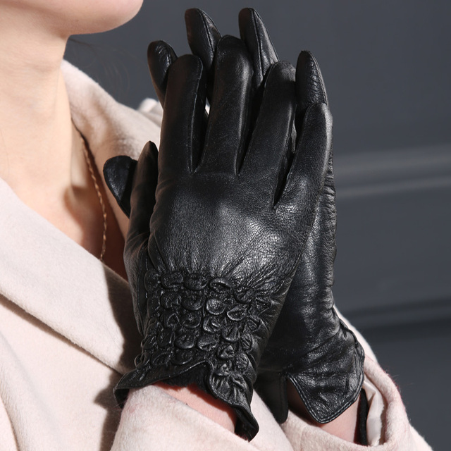 Long black gloves for girls