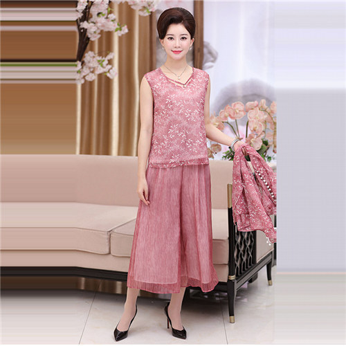 It s Yiiya Mother of the Bride Dresses Plus Size Embroidery 3 piece set  Fashion Designer Lace Elegant Mother Dress M003 69ba640c8dd5