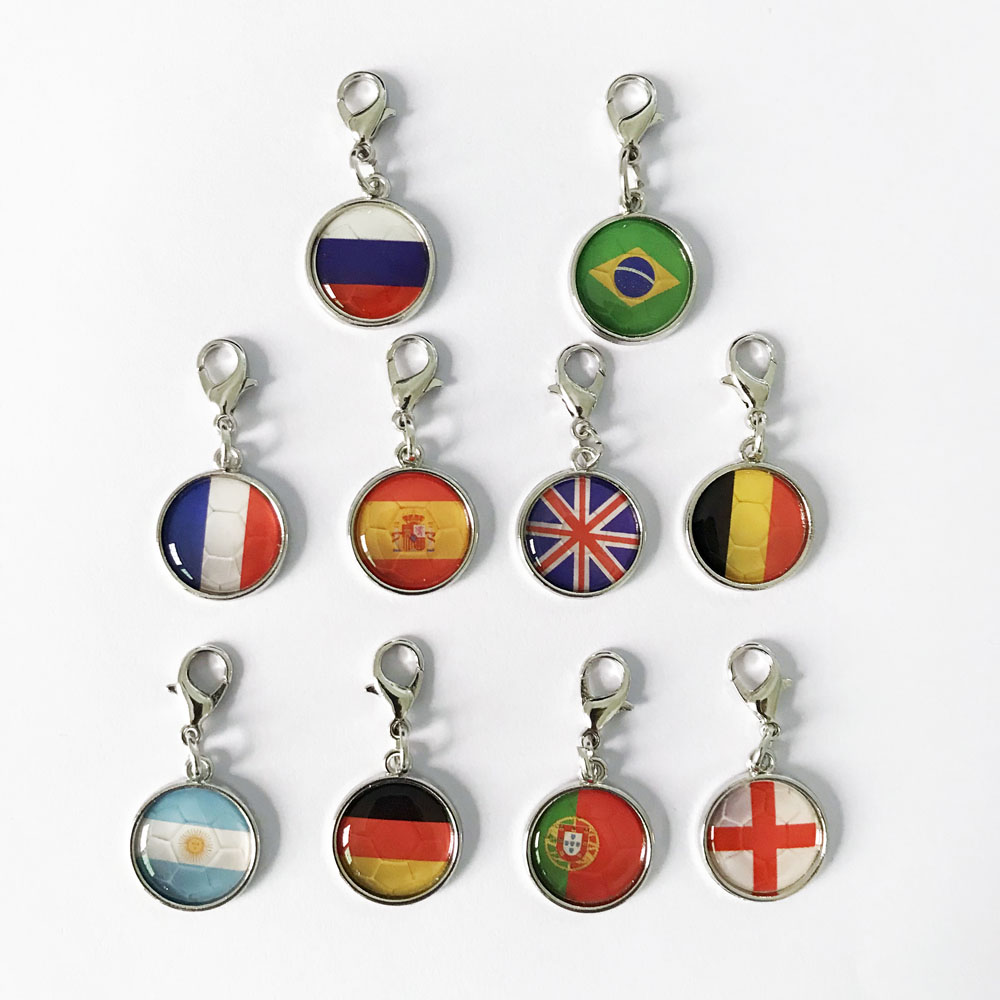 2019 New Fashion 5pcs lot Bag Charm Men And Women Jewelry Dating Anniversary Party Gift Mothers Day The National Flag Charm in Charms from Jewelry Accessories