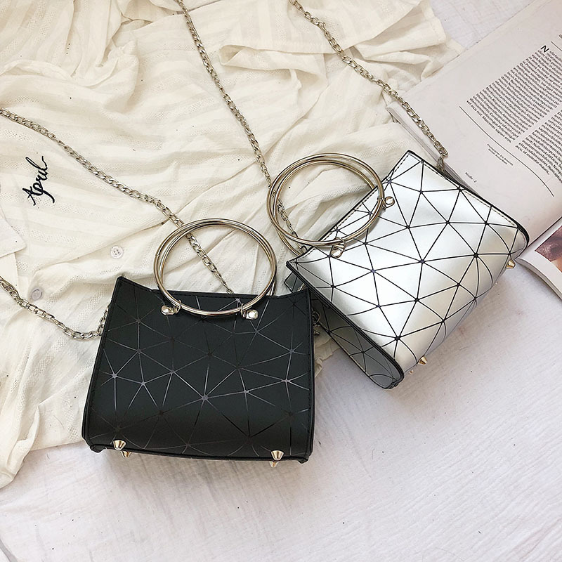 2019 new transparent shoulder bag Korean version of the chain wild rhombic slung female bag small square bag 3