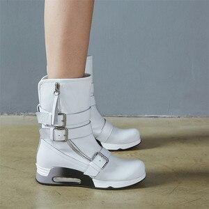 Image 4 - FEDONAS najnowsze kobiety kliny wysokie obcasy buty ze skórki cielęcej klamry Punk buty motocyklowe damskie miękkie skórzane wysokie ciepłe buty