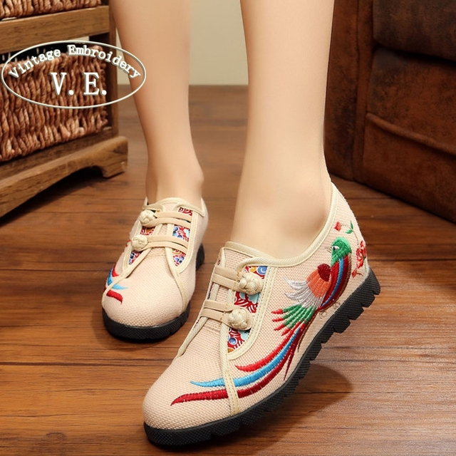 Vintage Embroidery Shoes spring summer  new soles embroidered shoes national increased Heeel cloth single flats shoes 34-40