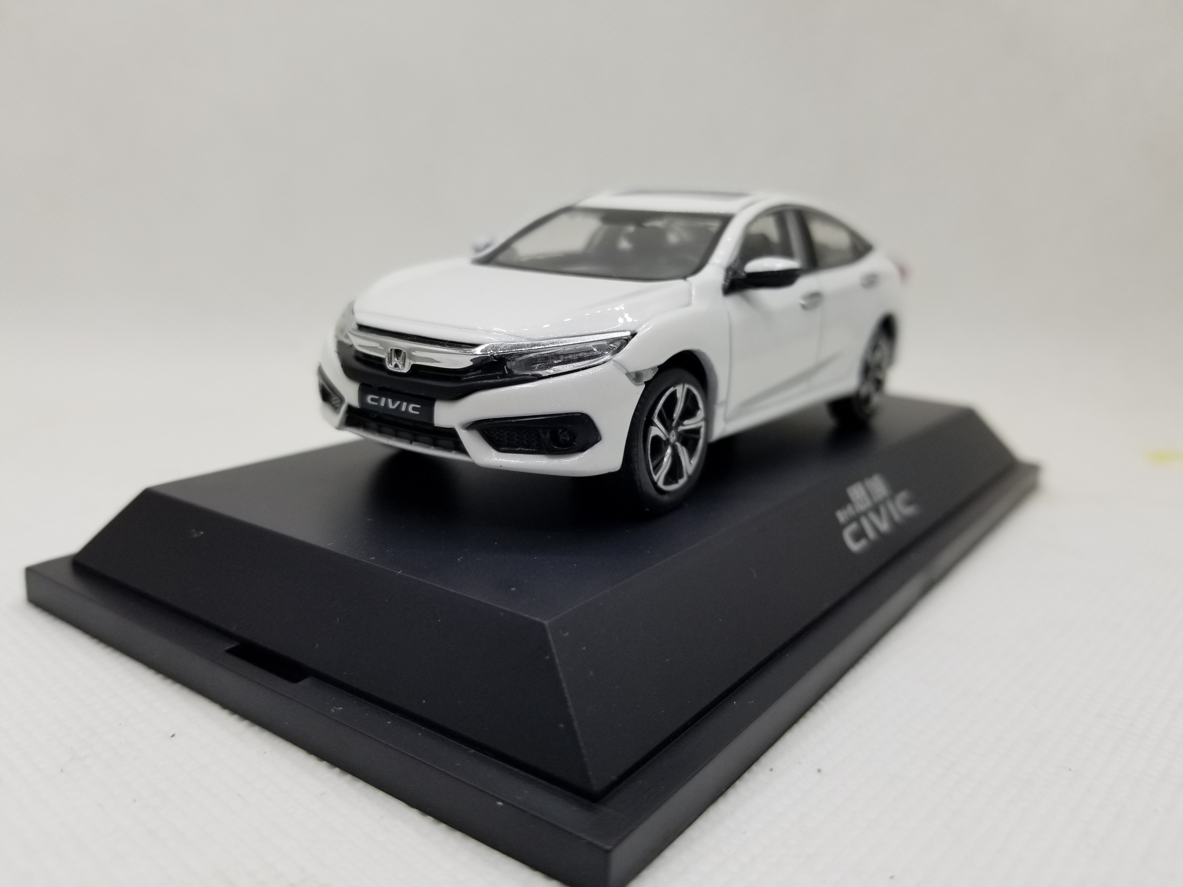 1:43 Diecast Model for Honda Civic 2016 MK10 White Alloy Toy Car Miniature Collection Gifts