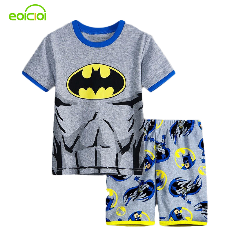 Хлопчик дівчата піжами Новий літній бавовна дитячий одяг дівчата встановити з коротким рукавом набори одягу Бетмен павук залізної людини Короткий рукав