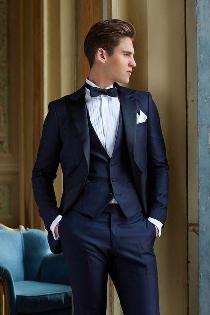 2017 Dernière Manteau Pantalon Designs Bleu Marine Hommes De Mariage  Costumes Slim Fit 3 Pièce Smoking f6427b8f23f