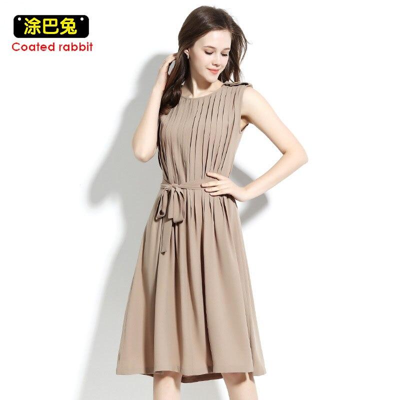 a7d6362562c Nuevo-verano-de-las-mujeres-vestido-plisado-sin-mangas-vintage-mujer -largo-Vestidos-2018-sexy-vestido.jpg