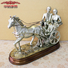 Hot Sale European Soft Decoration Retro Resin Handicraft Lovers Gift Home Accessories sculpture christmas decorations for home