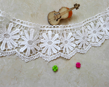 7cm Wide Water Soluble Embroidery White Lace Trim Fabric DIY Clothing Decoration Woman Skirt Edge Sewing Accessories