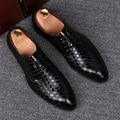 Discoteca vestidos de boda suave del ocio de los hombres de la marca de cuero real zapatos de punto del dedo del pie zapatos sapato masculino social adolescente hombre