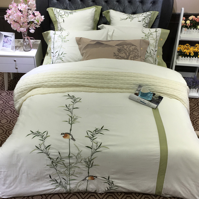 White Green Chinese Embroidery Luxury Bedding Set Double King Queen Size Bed 4pcs 100