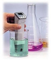 Pen pH Meter 0.00~14.00pH Resolution:0.01pH ATC Free shipping wholesale and retail