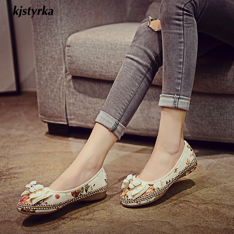White Automne rice Plush Printemps Zapatos Kjstyrka Mujer Femmes Chaussures Mode Appartements Confortable noeud Brillant Brodé Papillon Floral 2018 Classique PqUqvTaw