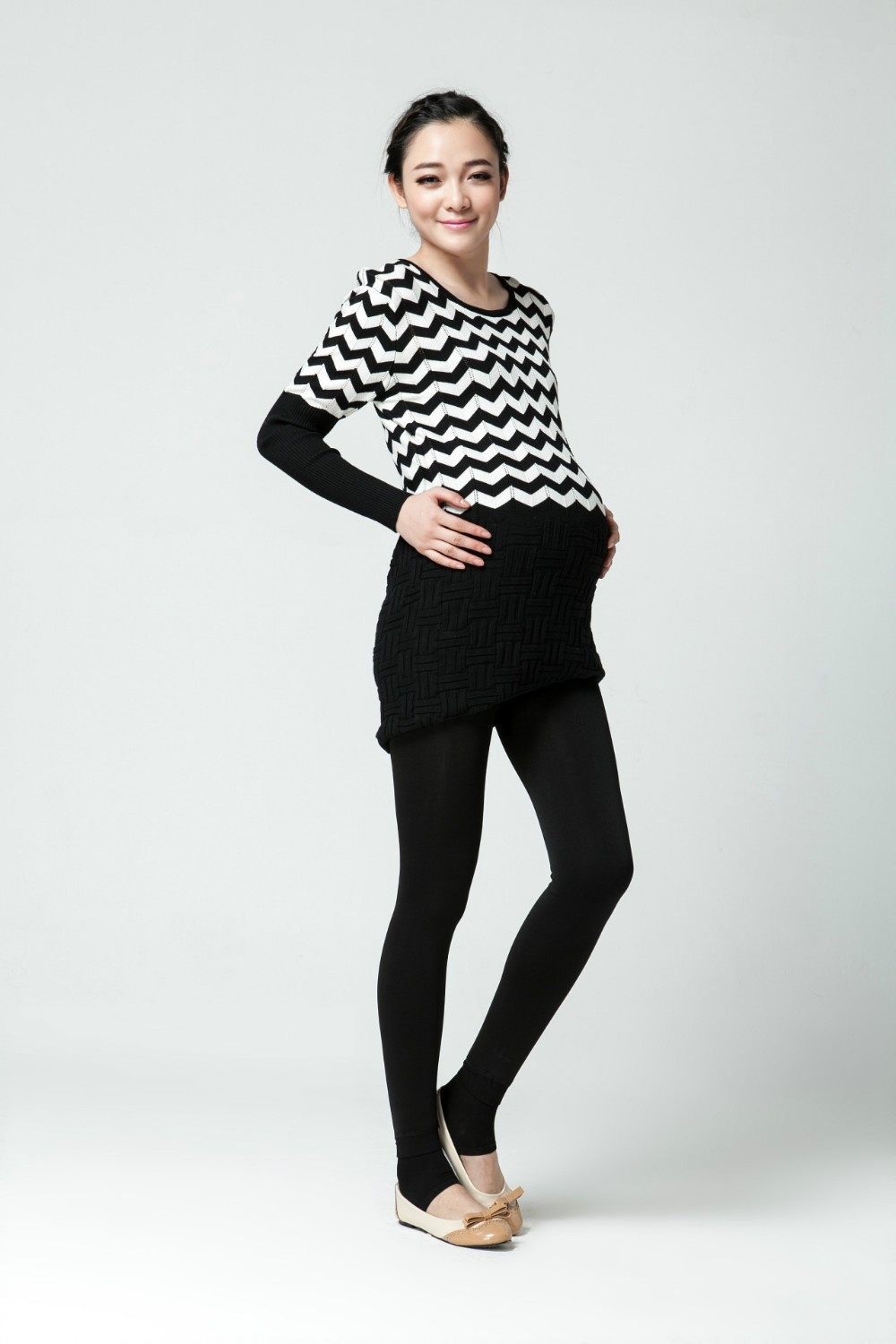 Women clothing maternity clothes winter Leggings thickened with velvet pregnant women trousers warm pants 6