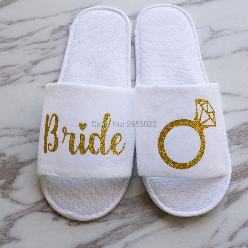 ad7afd82f08 personalized Wedding Slippers,Bride diamond Wedding Slippers,Bridal Party  Slippers.Bachelorette party favors gifts