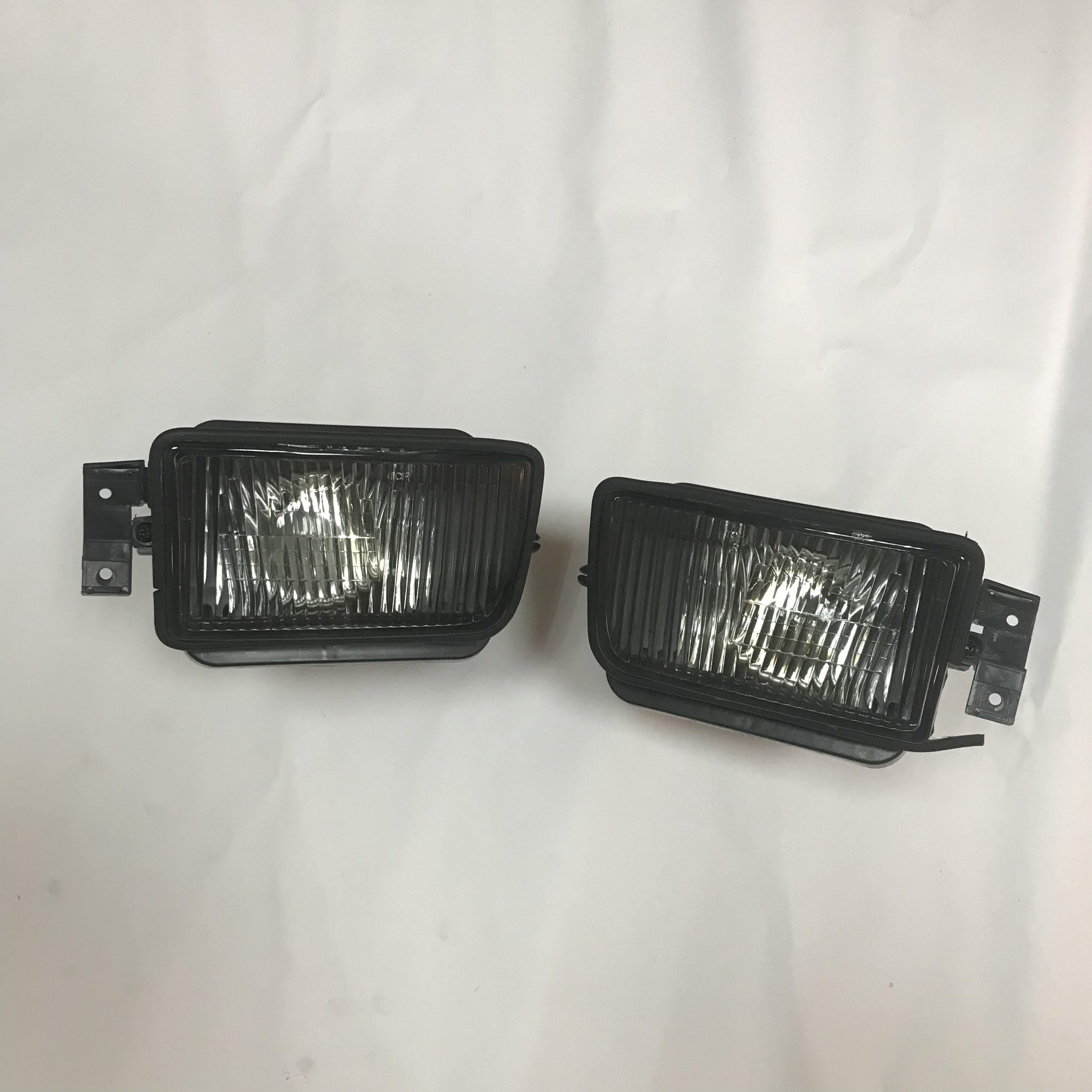 1 pair Fog light lamp Foglight For BMW 5 SERIES E34  318i 318is 325es 325i