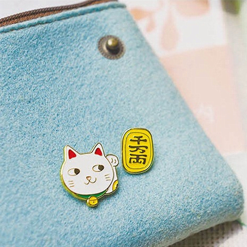 Br026 2017 Cute Lucky Cat Brooches for Women Scarf Party Suit Safety Pin Brooch Pretty Lady Fashion Jewelry Bag Accessories