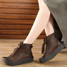 61e75dc5486 Las mujeres tobillo botas de cuero genuino 3 Cm de tacón bajo zapatos de  invierno zapatos mujeres botas Chelsea de cuero hechos .