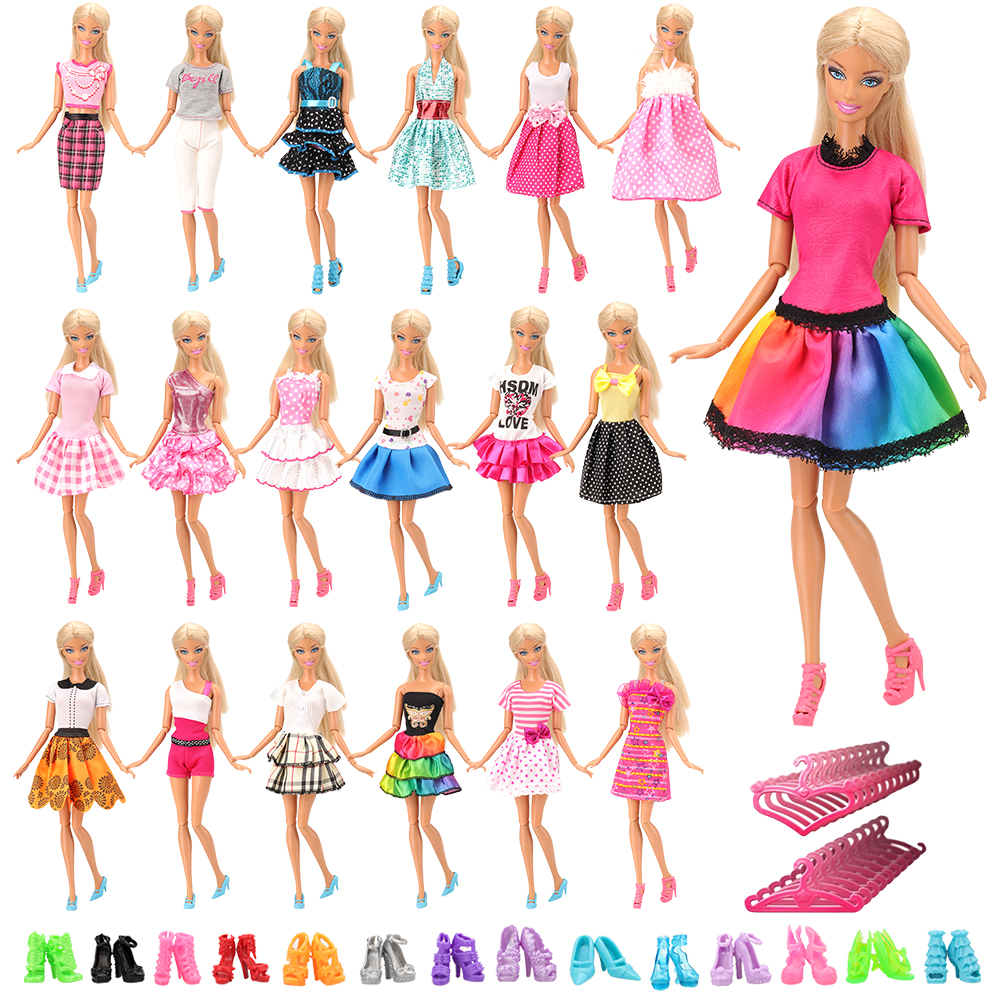 Doll clothes Lovely outfit handmade for 28 inch doll Fashionable clothing for dolls Shorts and top set for 28 inch Barbie Clothes for Barbie