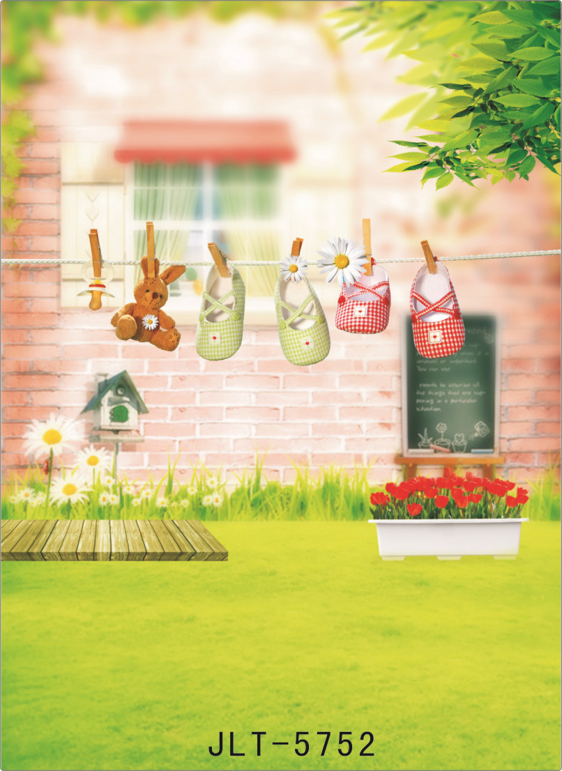 Spring Photography Background for Photo Studio Green Grass Drying Shoes Vinyl Photographic backdrops for Newborns Kids Wedding