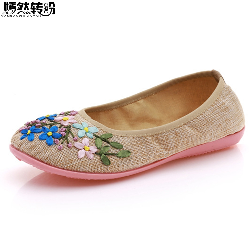 2017 New Vintage Embroidery Flats Shoes Women Ballerinas Dance Embroidery Shoes Platform Canvas Ballets Casual Shoes Size 34-41 vintage embroidery women flats chinese floral canvas embroidered shoes national old beijing cloth single dance soft flats