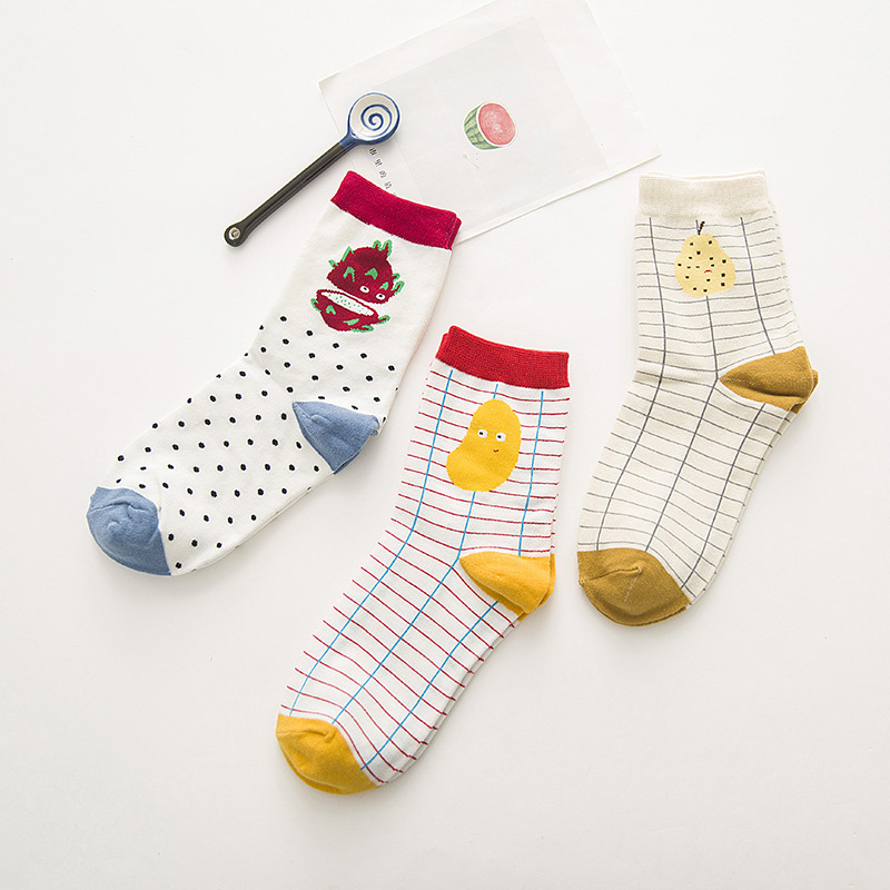 5 Pairs Woman Sock Brand Fashion Creative Fruit Patterns Tide Cotton Sock For Women Cute Apple Watermelon Pineapple Stripes Sock