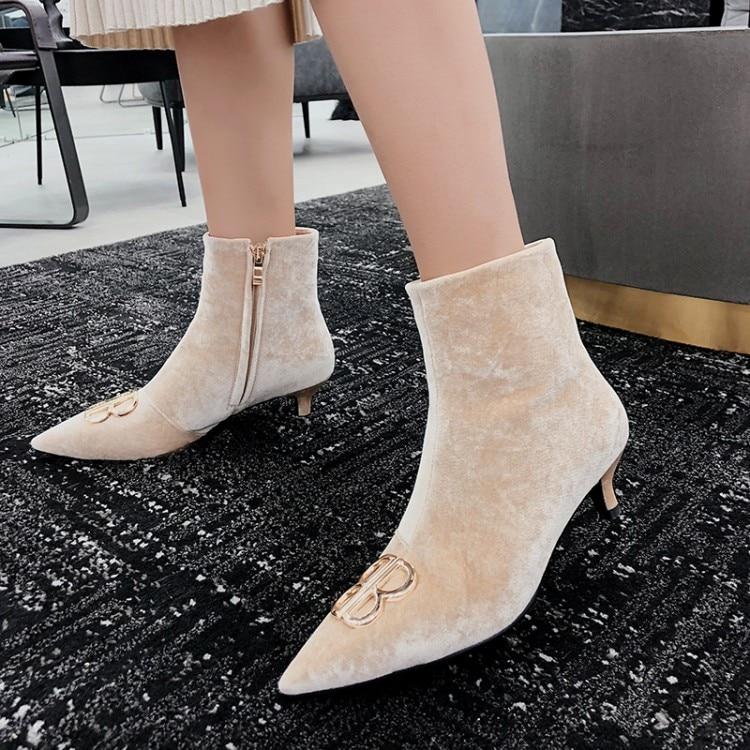 Pointu as En Décor Talons Cheville Luxe Nouvelle Automne Show Femme 2019 Chaussures Med Mujer Pistes Show Bout Conception Bottes Pompes Botas Métal Femmes De As CfxHAqw