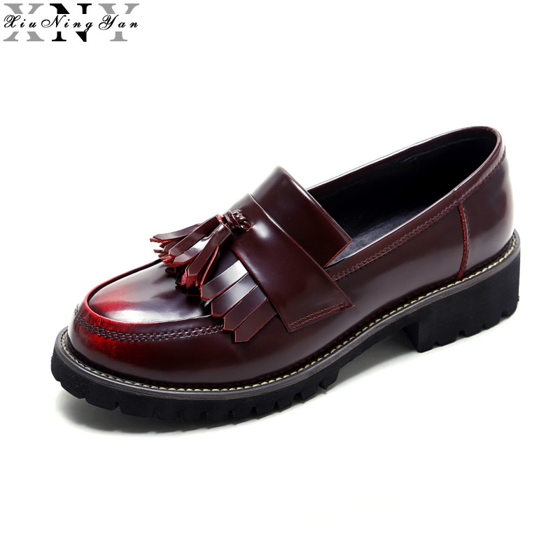 Round Toe Genuine Leather Brogue Shoes Women Flat Casual Oxfords Shoes for Woman Spring Ladies Driving Shoes Females Flats 1/15 qmn women snake effect leather brogue shoes women round toe platform oxfords shoes woman genuine leather casual platform flats