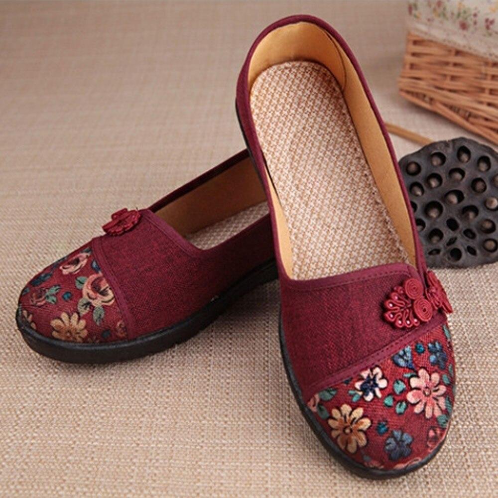 Women Shallow Broken Flower Round Toe Anti Skidding Cloth Shoes Casual Shoes 2018 New women casual flat shoes woman terlik 13