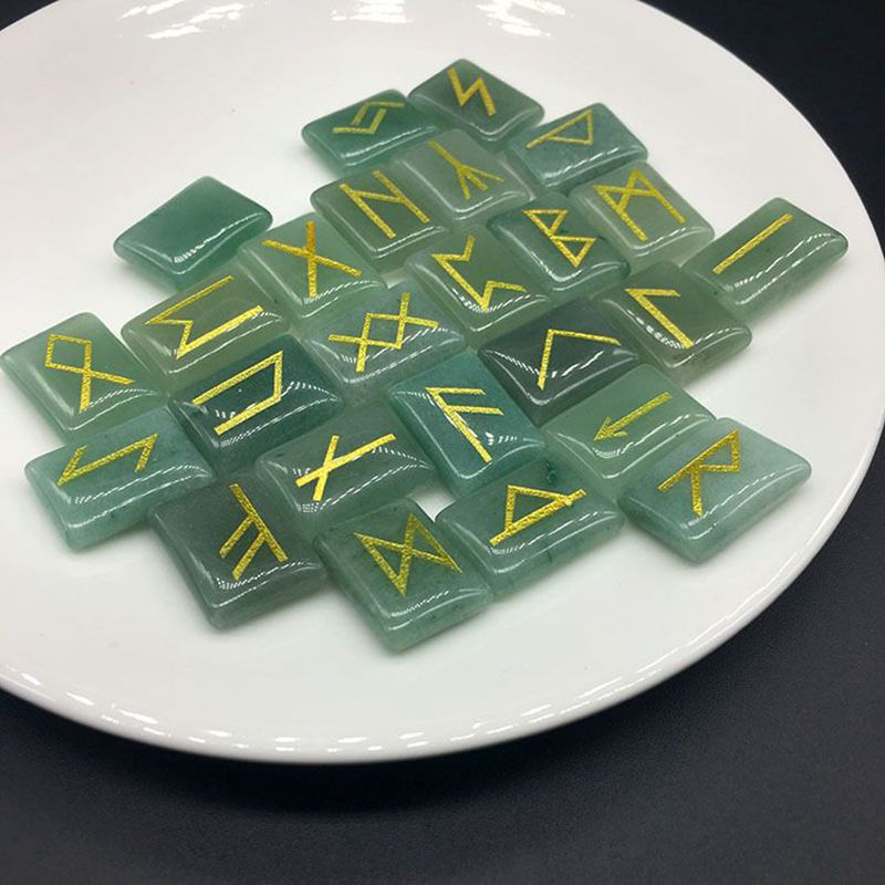 Natural Green Aventurine Stone Runes Viking Symbol Nordica Amulet Rune Divination Reiki Healing Crystals 25pcs