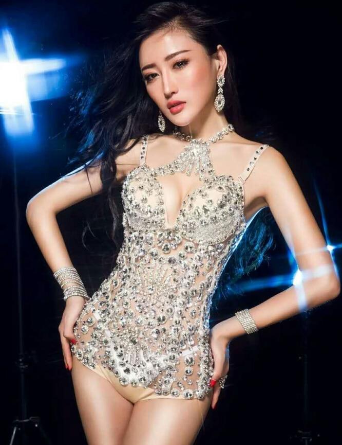 Nightclub Lady Singer sexy stage sparkling diamond ...