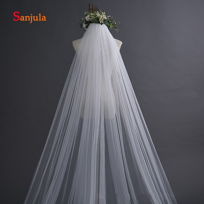 Купить с кэшбэком Lace Appliques Edge Wedding Veil with Comb 5 Meters Long Cathedral Veil for Bridal Wedding Accessories veu de noiva 5 metros V46