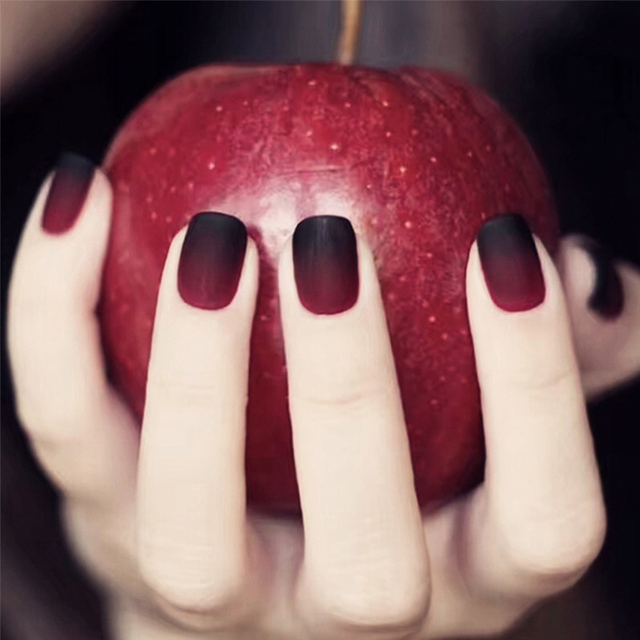 24pcsset Matte Gradient Black Red False Nails Fashion Full Finished