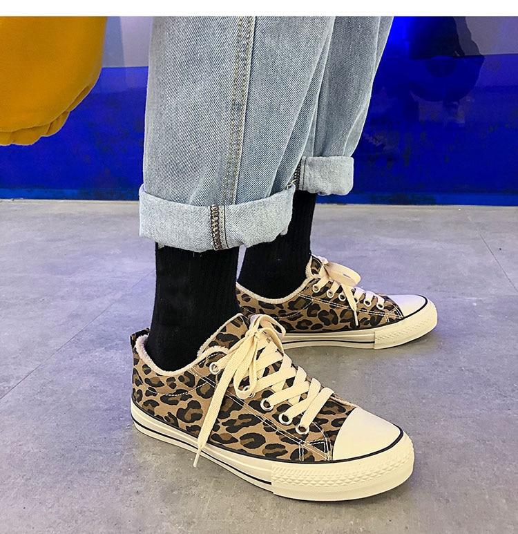 Warm Short Shoes Winter Woman Vulcanized Shoes Female Rubber Sole Lacing Platform Heels Lady CasualWarm Short Shoes Winter Woman Vulcanized Shoes Female Rubber Sole Lacing Platform Heels Lady Casual