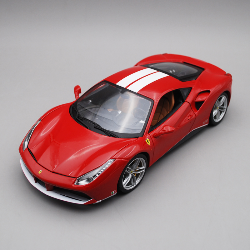 1:18 Ferari 70th Anniversary 488GTB Simulation Alloy Car Model New Sports Car Model Decoration