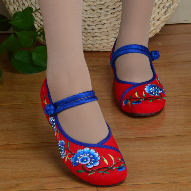 Chinese New  National Fan Women's Flat Heel Shoes Ladies Old Peking Flower Embroidery Soft Sole Casual single Dancing Shoes