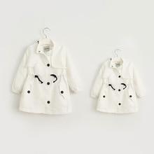 Детские девушки Осень траншеи Родительской любви письма печатных девушки длинное пальто куртки