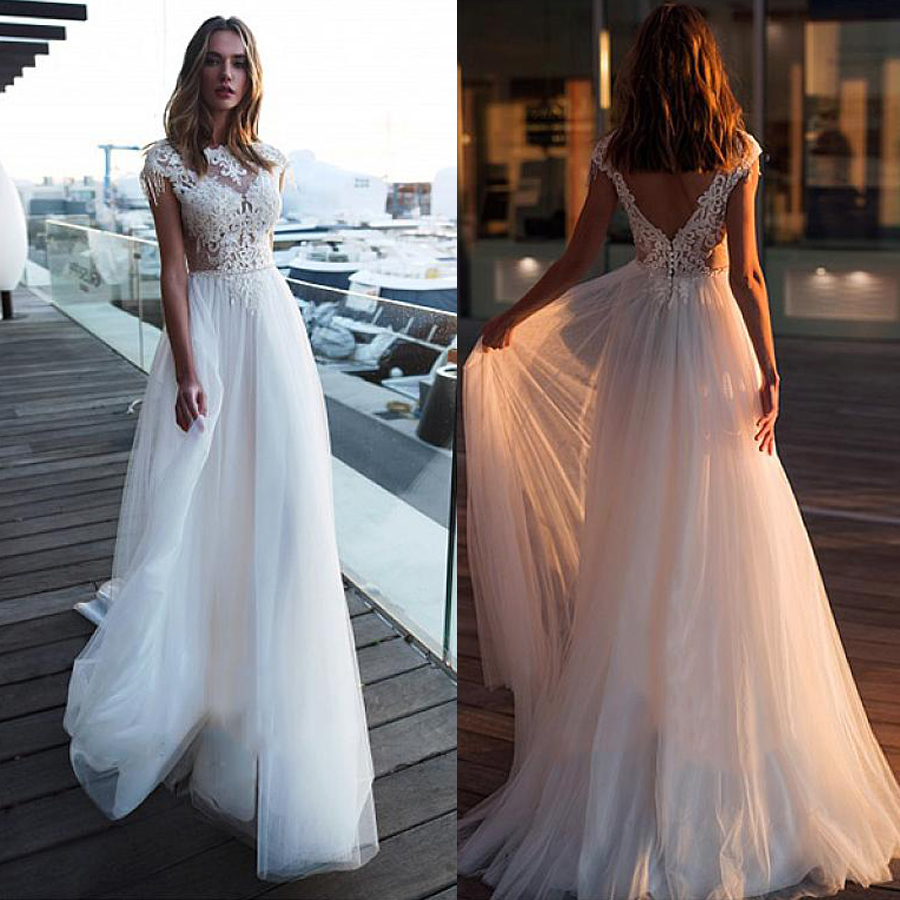 Chic Tulle Bateau Neckline A line Wedding Dresses With Chains Lace Appliques Beach Wedding Gowns Bridal