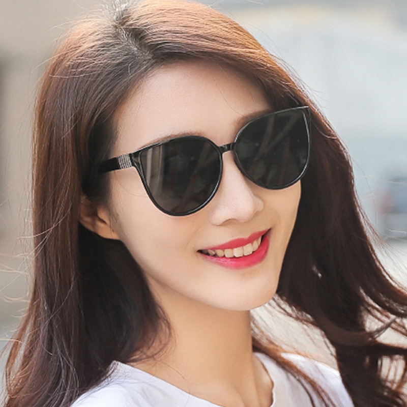 2019 нові модні жіночі сонцезахисні окуляри високого класу ретро класичного брендового дизайну чоловічі сонцезахисні окуляри UV400 овальні популярні водіння окуляри
