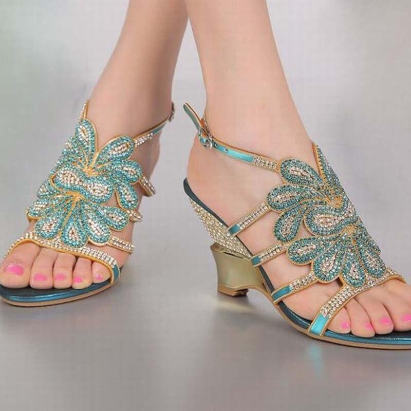 13642da308de36 Fleurs Rome D'été Coins En Dames De 44 Pompes Chaussures La Mode Gladiateur  Grande Blue Luxe Hauts Femmes Sexy Talons Sandales Strass 34 Taille  qZpwOXnxHR