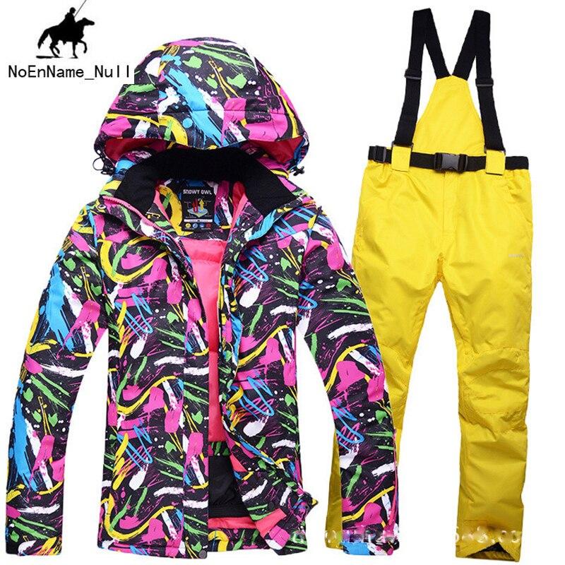 Prix pour 2017 Femmes En Plein Air jeu De Combinaison De Ski de neige vêtements de ski Coupe-Vent Imperméable résistant à l'usure Respirant Grade Anti-Statique Vêtements 390